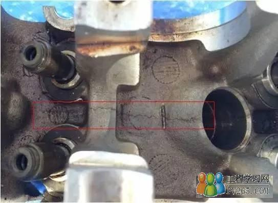 汽车发动机缸盖开裂失效分析
