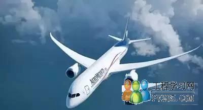 波音747-8飞机广泛采用新一代铝合金,更重要的是,它还在襟翼,扰流板